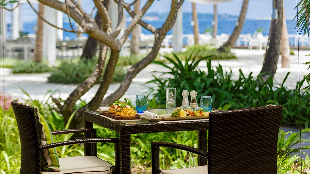 2018 1023 Thila-Restaurant-Kurumba-Maldives 02 1028 x 578