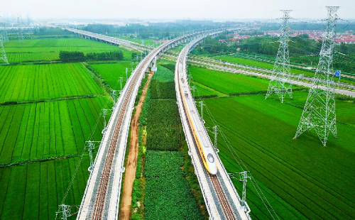 As ASEAN enters an infrastructure boom, geopolitical and economic risks abound